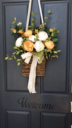 Our orange and cream peony basket is summer on your door. Our orange and cream peony basket is summer on your door. Diy Spring Wreath, Spring Door Wreaths, Easter Wreaths, Spring Home Decor, Spring Crafts, Wreath Crafts, Diy Wreath, Wood Wreath, Burlap Wreaths