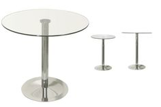 Table Top Material: Tempered clear glass