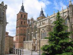 Cathedral, Astorga, Spain viajarporquesim.blogs.sapo.pt
