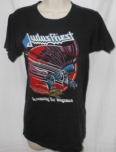 58e23e8edaea01 JUDAS PRIEST Vintage 1982-83 Screaming for Vengeance Concert Shirt Medium +  Stub  139.99