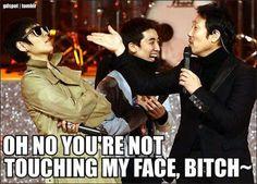 T.O.P! And all I can think about is I am Sam Top Bigbang, Daesung, Big Bang Memes, Boom Shakalaka, Into The Fire, Choi Seung Hyun, Funny Boy, Funny Kpop Memes, Korean Boy Bands