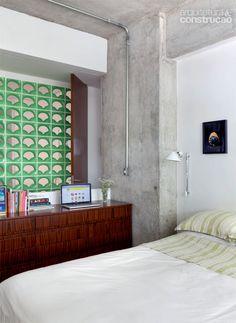 Parque das Hortênsias / • sub estúdio • #cobogo #suite #quarto #bedroom #concrete