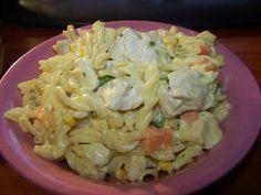 Slow Cooker Pasta, Healthy Slow Cooker, Crock Pot Slow Cooker, Crock Pot Cooking, Slow Cooker Chicken, Slow Cooker Recipes, Curry Pasta Salad, Pasta Salad Recipes, Multicooker