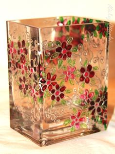 5 Best Tricks: Old Vases Table Centerpieces square vases decoration.Vases Art Nouveau large vases with branches. Stained Glass Paint, Stained Glass Designs, Stained Glass Patterns, Bottle Painting, Bottle Art, Bottle Crafts, Painted Glass Vases, Glass Painting Designs, Vase Design