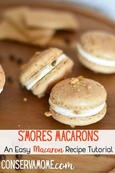 S'Mores Macarons: An Easy Macaron Recipe Tutorial Have you ever wanted to try making French Macarons? Check out this S'Mores Macarons:An Easy Macaron Recipe Tutorial. French Macaron Recipe Tutorial via Best Dessert Recipes, Easy Desserts, Sweet Recipes, Cookie Recipes, Delicious Desserts, Elegant Desserts, Sweet Desserts, Dessert Ideas, Bread Recipes