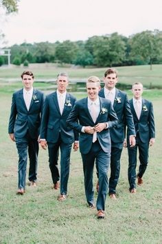 Five Gorgeous Fall Wedding Decorating Ideas – Bridezilla Flowers Corsage Wedding, Wedding Boutonniere, Modern Groom, Groom And Groomsmen Attire, Bridezilla, Groom Style, Autumn Wedding, Wedding Inspiration, Wedding Ideas