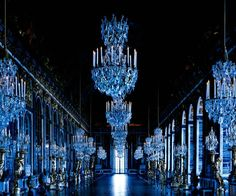 Palace du Versailles: The Hall of Mirrors - France - Paris