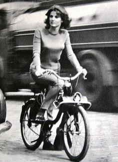 Solex Bike, Marie France September 1963