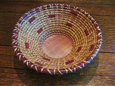 Items similar to Coiled Pine Needle Basket Bowl on Etsy