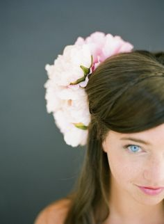 Natural Headpieces, Pale Pink, Natural Beauty, Beautiful People, Hair Beauty, Orange, Live, Trending Outfits, Create