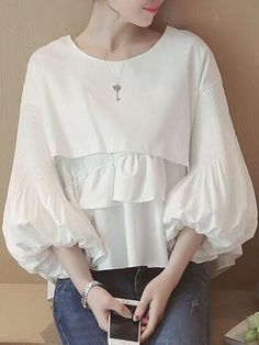 Sum All Chic, Shop White Ruffle Round Neck Lantern Sleeve Sweet Blouse online. Blouse Styles, Blouse Designs, Hijab Fashion, Fashion Dresses, Mode Kpop, Bluse Outfit, Hijab Stile, Elegant Outfit, Fashion Sketches