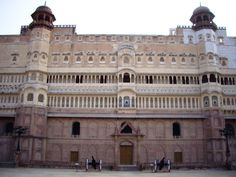 History of Junagarh Fort A Place to Visit by Availing Rajasthan Tour Packages