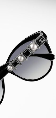 #Chanel sunglasses #pearls