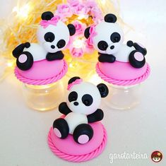 17 Ideas cake fondant toppers fimo for 2019 - Cake Decorating Simple Ideen Fondant Toppers, Fondant Cakes, Cupcake Cakes, Cupcake Toppers, Baking Cupcakes, Fun Cupcakes, Chocolate Cupcakes Decoration, Cupcake Decorations, Bolo Panda