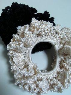 レース糸で シュシュ。の作り方|編み物|編み物・手芸・ソーイング | アトリエ|手芸レシピ16,000件!みんなで作る手芸やハンドメイド作品、雑貨の作り方ポータル