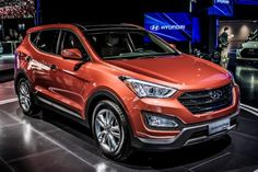 The 2014 Hyundai Santa Fe and the 2014 Kia Sorento are two interesting vehicles that attract a lot of attention with design, performances and fuel economy. These two crossovers are great choice for people that need little extra room but do not want to pay it with significantly lower fuel efficiency.