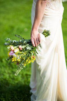 Graceful flowers   Juliana Laury Photography   Philadelphia and Bucks County Wedding Photography