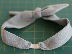 bow-tie headband diy. this tutorial was made for me!
