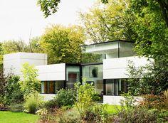 Bungalow mit Aluminiumfassade