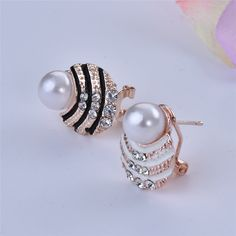 Check out the site: www.nadmart.com   http://www.nadmart.com/products/new-fashion-jqueen-brand-luxury-noble-gold-plated-jewelry-ear-stud-earrings-women-lady-girl-crystal-faux-pearl-shell/   Price: $US $0.99 & FREE Shipping Worldwide!   #onlineshopping #nadmartonline #shopnow #shoponline #buynow