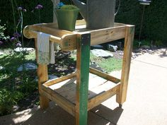 Cute Pallet Potting Bench & Outdoor Tea Cart  #garden #palletpottingbench #recyclingwoodpallets Two pallets, two projects. I disassembled them completely, and designed as I went along. The tea cart has wheels on the front for easy movement. The c...