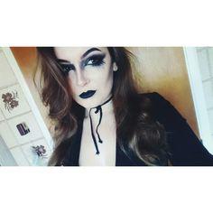Evil witch bitch 💁💁