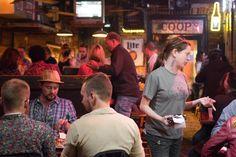 Cheap Eats New Orleans | New Orleans | Louisiana | | New Orleans Louisiana | New Orleans Food Guide | NOLA | Where to Eat in New Orleans | Where to Eat in NOLA | What to Eat in New Orleans | What to Eat in NOLA | New Orleans Restaurants | Restaurants in New Orleans | French Quarter | Beignets | #NewOrleans #NOLA #TravelTips