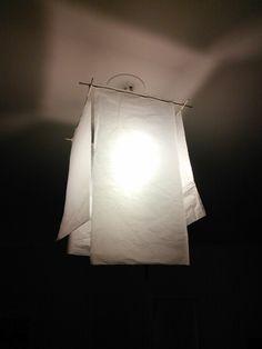 Abat jour en papier japon Wire Lampshade, Paper Lampshade, Deco Luminaire, Lamp Light, Diy Light, Light Table, Paper Light, Handmade Lamps, Hanging Lights