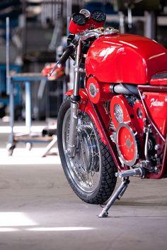 Moto Guzzi Nuovo Falcone 500cc Supercharged by Leo de Hollander | MV Agusta 750S drum brakes | SU carburator | Eaton supercharger | Moto Guzzi V7 oil pump | via BikeExif.com