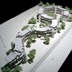 BONG MU HOUSING- Daegu,Korea, 2005 (Unbuilt). The apartments planned for Bong Mu in South Korea are free of transversal walls, allowing for cross-ventilation and openness. The overall structural system is achieved by transferring lateral forces through fl oor slabs from one wall to the next, the S-shape of the building gives balance to the structure. Plan Concept Architecture, Architecture Résidentielle, Urban Design Concept, Gift For Architect, Modern Villa Design, 3d Modelle, Modern Architects, Building Design, Landscape Design