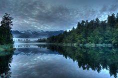 Lake Matheson, New Zealand http://www.travelbrochures.org/187/australia/go-escape-to-new-zealand