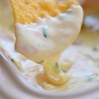 How To Make Queso Blanco Mexican White Cheese Dip Restaurant Style Queso Blanco. that yummy white cheese dip that you enjoy at *some* Mexican restaurants Yummy Appetizers, Appetizer Recipes, Snack Recipes, Cooking Recipes, Cheese Appetizers, Healthy Recipes, Party Recipes, Delicious Recipes, Mexican Food Recipes