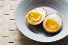 To-braise-your-ni-tamago-thoroughly-leave-it-in-the-soy-marinade-overnight.