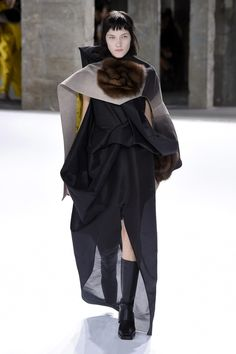 Rick Owens | Ready-to-Wear Spring 2017 | Look 35