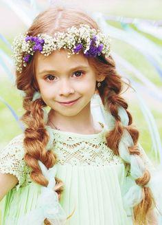 Russian child model Sveta Proshina.