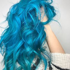 "Hairstylist Vegas🌎 LA (@chitabeseau) on Instagram: ""Blue because its insanely beautiful 🌊"""