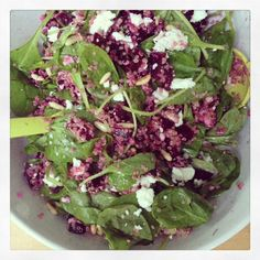 quinoa, rode biet, feta, spinazie