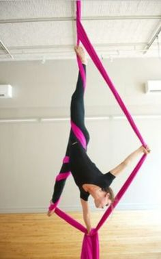 Learn How To Pole Dance From Home With Amber's Pole Dancing Course. Why Pay More For Pricy Pole Dance Schools? Aerial Hammock, Aerial Hoop, Aerial Arts, Aerial Acrobatics, Aerial Dance, Aerial Gymnastics, Pole Dance, Yoga Inspiration, Fitness Inspiration