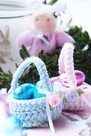 """Grüezi meine Lieben, Ostern rückt immer näher....... und da fehlte mir noch so etwas """"klitze"""" Kleines zum Verschenken! Natürl... Easter Crochet, Decoration, Linen Bedding, Christmas Ornaments, Holiday Decor, Carino, Aurora, Pretty, Creativity"""