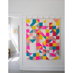 Our Modular Blocks Quilt makes for some truly exciting sewing with its systematic construction method, keep-you-guessing layout, and super playful color palette. Sew up this beauty in a weekend and have a great time doing it! The free pattern is up on the Purl Bee! #purlsoho #purlbee