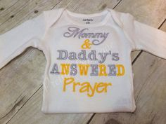 I use Carters Brand for the Onesies. Newborn thru 24 month White.    Mommy & Daddys Answered  Prayer You are selecting thread colors when
