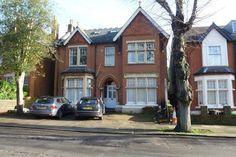 Studio to rent - Kings Avenue, Ealing Kings Avenue, Rent Studio, Rent In London, Mansions, House Styles, Fancy Houses, Mansion, Manor Houses, Mansion Houses