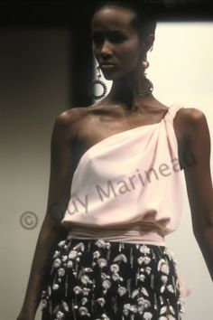Iman Abdulmajid Bowie   Guy Marineau Photography Iman Model, Supermodel Iman, David Bowie Wife, Iman Bowie, Runway Fashion, Fashion Models, Retro Fashion, Vintage Fashion, Valentino
