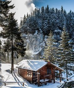 Rarau Mountain Homes, Moldova, Romantic Getaways, Countries Of The World, Homeland, Romania, Winter Wonderland, Places To See, Most Beautiful