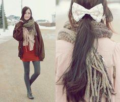Chicwish Blouse, Windsor Orange Skirt, Le Bunny Bleu Oxfords, Flattery Hair Bow