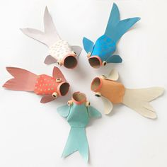 Recycled Kid Crafts – Reuse Recycle Crafts - Earth Day - A. Best Picture For Earth Day Crafts eco Recycling For Kids, Diy For Kids, Crafts For Kids, Paper Roll Crafts, Paper Crafting, Diy Paper, Nouvel An Chinois Diy, New Year's Crafts, Arts And Crafts