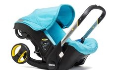 A car seat that turns into a stroller. Perfect combination with The Doona Car Seat Stroller. Doona Car Seat, Car Seat And Stroller, Baby Car Seats, Buggy, Travel System, Baby Gear, Baby Strollers, Seat Protector, Baby Products