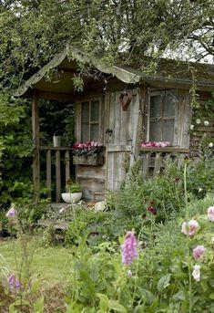 Tuinhuisje voor natuurlijke tuin