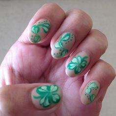 Matte needle dragging St.  Patrick's Day nails