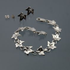 Ivy leaf bracelet, Elvish bracelet made in 925 sterling silver by LaGrangeBijoux on Etsy https://www.etsy.com/listing/211648742/ivy-leaf-bracelet-elvish-bracelet-made